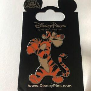 Nwt Disney Tigger Pin-Bouncing is What Tiggers Do